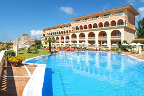 Hotel Pure Salt Port Adriano Pool